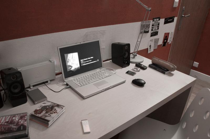 Bureau Pour Lyceen : Forums macbidouille u e galerie u e voir l image u e mon bureau de lycéen